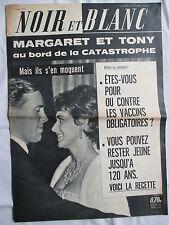 NOIR ET BLANC 889 MARGARET ET TONY MARS 1962