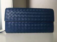 Auth BOTTEGA VENETA Intrecciato Zipper Long Bifold Wallet Leather