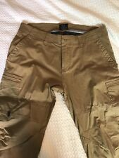 64b601589b Oakley Icon Chino Cargo Army Green Pant Size 34 - Used