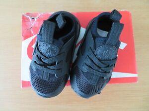 Nike Huarache Run Ultra (infant size UK 4.5)