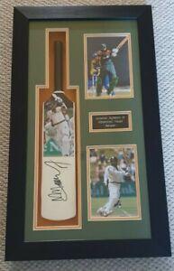 Pakistan Cricket Legendary Batsman MOHAMMAD YOUSUF Signed Bat Frame