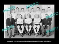OLD POSTCARD SIZE PHOTO OF THE 1957 WELLINGTON WRESTLING TEAM NEW ZEALAND