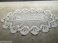 Napperon en crochet vintage couleur blanc 60 cm x 41 cm