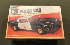 REVELL Z28 POLICE CAR MODEL IN COLOR WITH REAL RUBBER TIRES. 1:25 J&E HOBBY