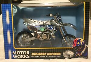 2002 LBZ KAWASAKI KX250 Motocross 1:6 SCALE DIE CAST Motorcycle Supercross Model
