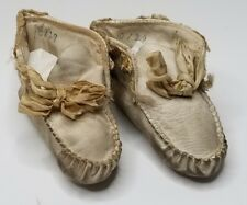 Antique Baby Shoes White Leather Victorian Infant Booties