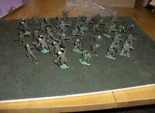 Britans Herald 1:32  36x soldatini Fanteria Inglese