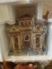Department 56 Heritage Museum of Art- Christmas In The City Series #5883-1 Euc