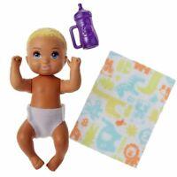 Baby Puppe blond   Barbie   Mattel FHY80   Babysitter   Schwester