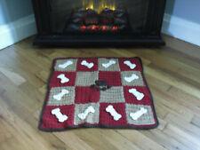 """New Handmade Dog Mat Paw Bones Cat Hand Crocheted * Machin 00004000 e wash and dry 20x20"""""""