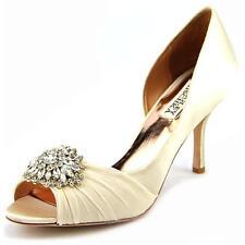 ... Shoe Size (Women s). 8 81ba4e215bbc