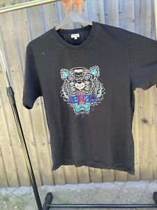Original Kenzo t-shirt, Good condition, Size XXL. Ideal for tall people