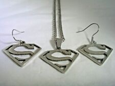 SUPERMAN HANGING EARRINGS & MATCHING PENDANT WITH CHAIN IN STAINLESS STEEL