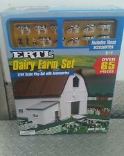 Ertl Farm Country Toy Building dairy barn playSet s scale MIP 1/64 nice! Sealed!