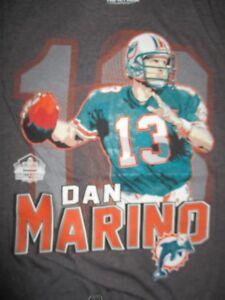 DAN MARINO No 13 MIAMI DOLPHINS Pro Foorball Hall of Fame (SM) T-Shirt