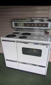 "Vintage 1960 40"" GE Electric Stove"