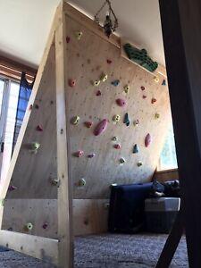 Indoor climbing wall - Self Standing