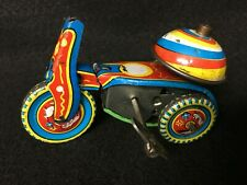 VINTAGE METAL TIN TOY TRICYCLE,WIND UP,WORKING,HWA SHENG CO LTD,RAINBOW BELL!!!!