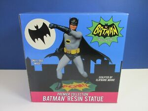 "CLASSIC TV SERIES BATMAN 1966 RESIN STATUE 12"" model DIAMOND SELECT adam west"