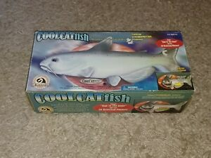 NEW Gemmy Cool Catfish Motion Activated Sings Bad to the Bone/20 Phrases in Box
