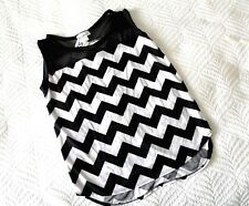 HOT GINGER  cute size M summer knit top  black white strips