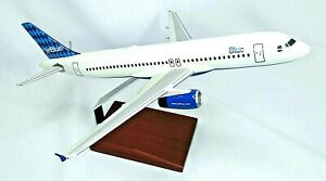 ✈️🛫 Jetblue Airbus A320 Desk Display 1/100 Model Airplane ✈️🛫