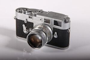 Leica M3 mit 4 Objektiven und Leica-Meter MR