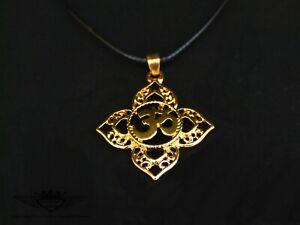 Schwarze Lederkette mit Om Zeichen Aum in 24 Karat vergoldet, Gold, Anhänger