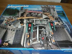 Huge Playmobil 4866 Knights Castle Boxed with Instructions