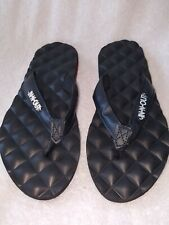In N Out N Sandals Quilted Foam Footbed  Black Size 5-6 X-Small