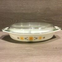 Vintage Pyrex Town & Country 1 1/2 Qt Split Casserole Dish with Clear Lid #31 A1