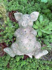 Schwein faul klein Tier Figur Skulptur Sandstein Antik Look Steinguß P 08 GRAU