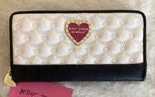 Betsey Johnson Quilted Hearts Creme Black Zip Around Wallet NWT