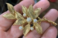 Vintage Gold Tone Leaves & Faux Pearls Brooch Pin Near Mint