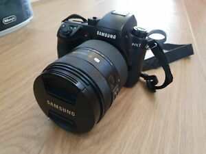 Samsung NX1 with S lens 16-50mm 2-2.8 /not GH5, A7 / 4K digital camera