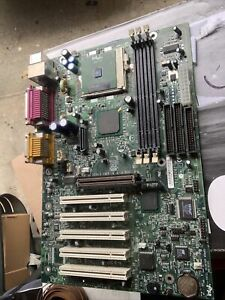intel pentium III motherboard with cpu/heatsink and fan D815EEA intel desktop