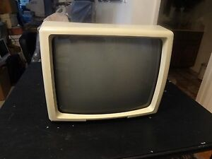 """OPTELEC 17"""" CRT 75 Hz Black & White MONITOR from Low Vision Aid ClearView Unit"""