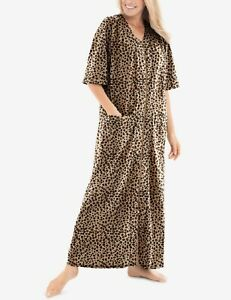 Dreams & Co. Plus Size Classic Leopard Short Sleeves Long Zip-Front Robe Size 3X