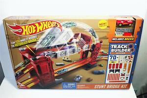 Hot Wheels Track Builder Stunt Bridge Kit Motorized Bridge New Free Shipping
