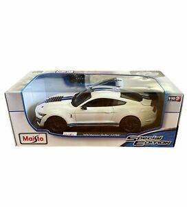 Maisto 1:18 2015 Ford Mustang Shelby GT500R White Diecast Special Edition