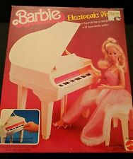 Vintage BARBIE 1981 ELECTRONIC PIANO, New in Box