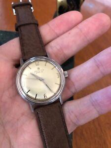 Zenith '230 S' 1960s Vintage Swiss Watch - manual wind movement