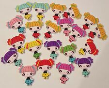 20 DOLLS GIRLS CUTE WOODEN BUTTONS ARTS CRAFTING CARD MAKING SCRAPBOOKING  35MM