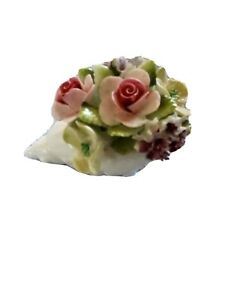 Royal Doulton Small Conch With Flowers