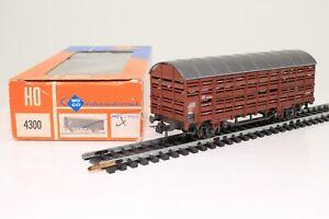 ROCO 46035 H0 Güterwagen Verschlagwagen Viehtransportwagen der DB in der OVP