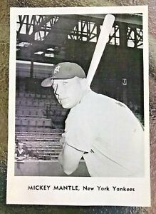 1961 JAY PUBLISHING NEW YORK YANKEES PHOTO MICKEY MANTLE NEAR MINT