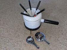 Roshco 2 Quart Fondue Set w/ 6 forks-Model #58901