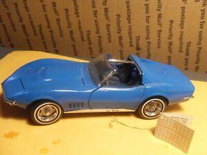 """Franklin Mint 1968 """"427"""" CORVETTE Coupe """"T-Top"""" 1:24 Scale Diecast FOR PARTS"""