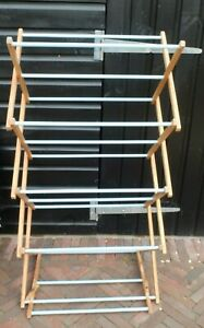 VINTAGE  WOODEN COLLAPSIBLE CLOTHES AIRER DRYER - BLUE RUNGS