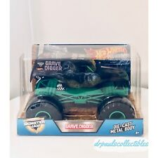 Hot Wheels Monster Jam GRAVE DIGGER 35th Anniversary 1:24 Scale Brand New